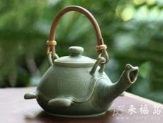这茶壶设计也算奇葩了
