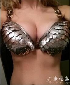 这胸罩戴着很累吧