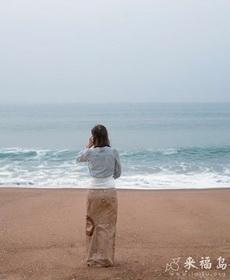 海中的美女