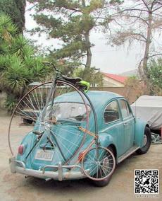 復古汽車配復古自行車