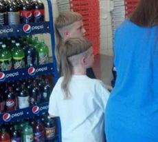 这俩双胞胎的发型真心亮爆了!