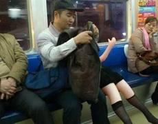 地铁公交奇葩太多了
