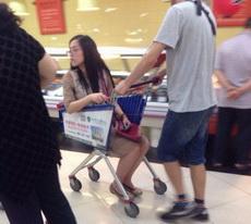 逛超市就是一步也不能走