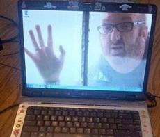 靠!被同事的电脑桌面吓了一跳