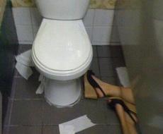 上厕所遇到这种情况怎么办