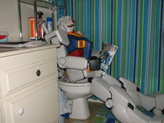 变形金刚也要上厕所啊?