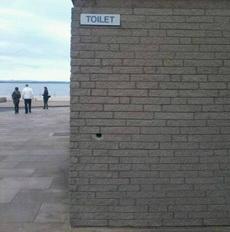 肯定是男厕