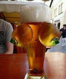 这样的啤酒一定很好卖!!