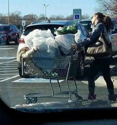 你是超市买生菜送的