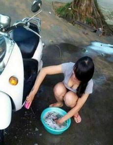 最近外面洗车好贵,还是自己动手比较好