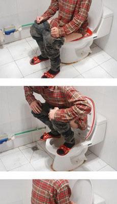 普通青年、文艺青年、二逼青年上厕所的区别……