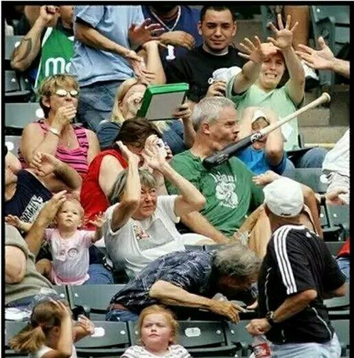 看球有风险,大爷你最爷们,都不躲!